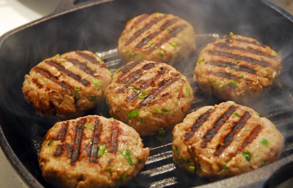 Quinoa and Grain Hamburger